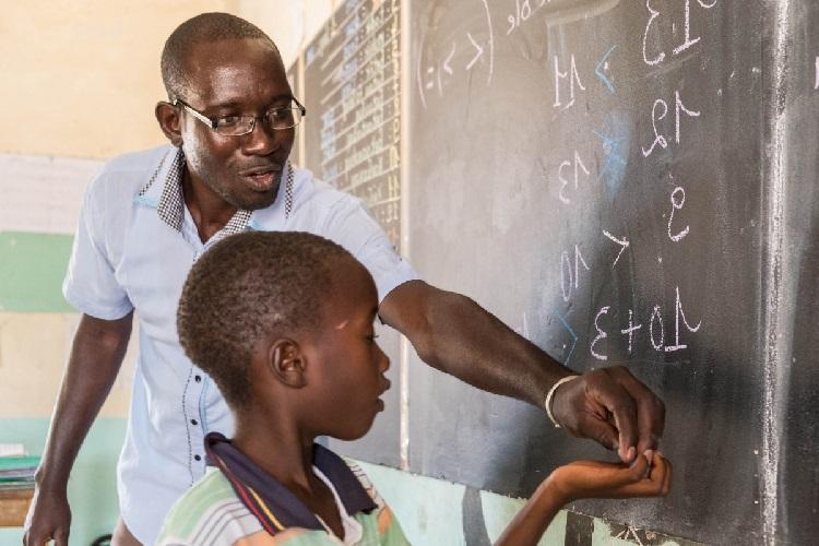 le groupe scolaire sfa recrute du personnel enseignant - zoneemploi com